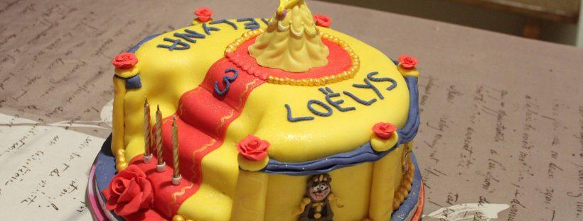 Gâteau Belle en pâte à sucre
