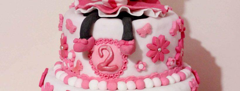 gâteau Minnie en pâte à sucre